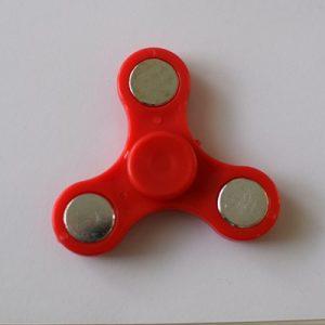 fidget spinneri punainen