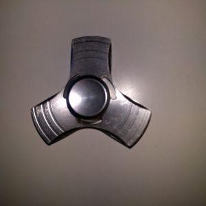 hopea metallinen fidget spinner